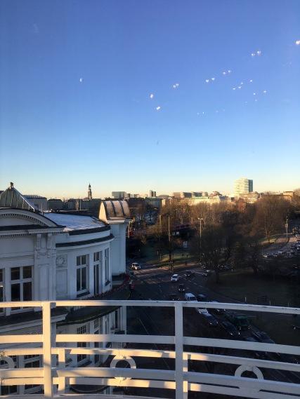 Was für ein Wetter! Blick aus der Präsidenten-Suite des Atlantic-Hotels, wo der Vorempfang für Leserbeiräte, Lesepaten und ausgewählte Abonennten stattfand